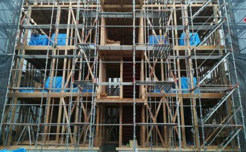 木造3階建てアパート新築工事 有限会社横溝工務店
